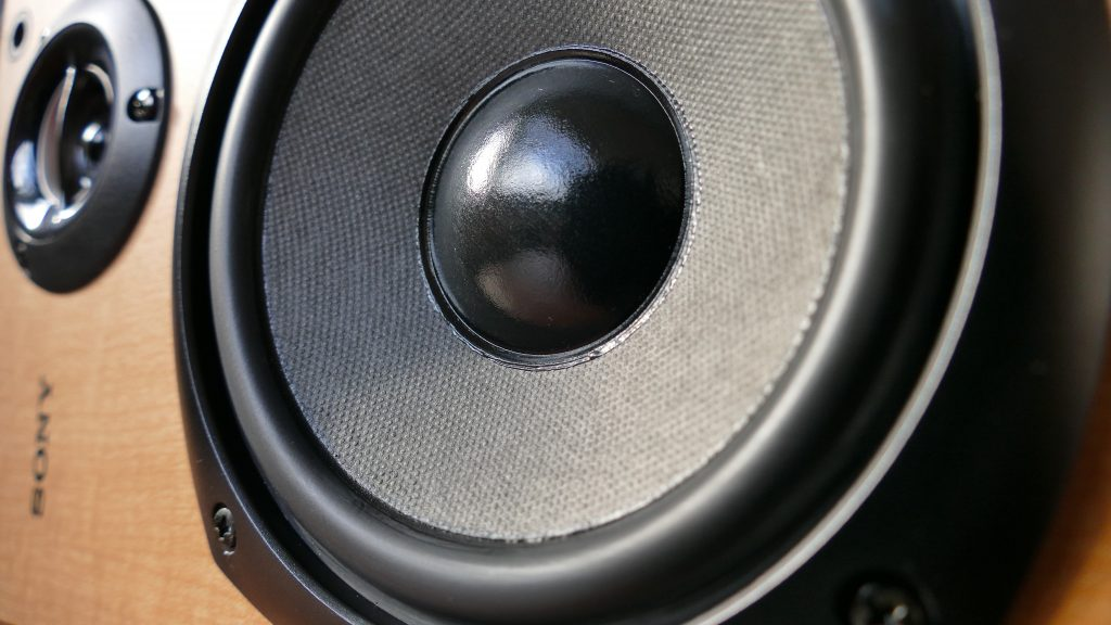 testing a blowout speaker with 9v battery