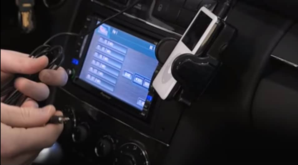 How to connect your Ipod to car radio