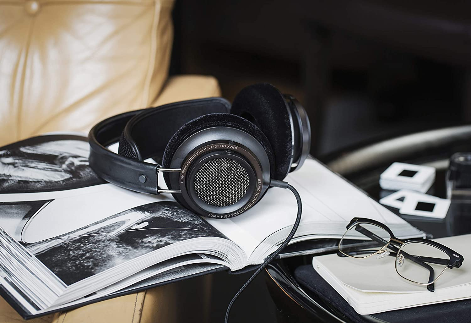 Well balanced sound with excellent battery life. Philips Fidelio X2HR headphone with active noise cancellation.